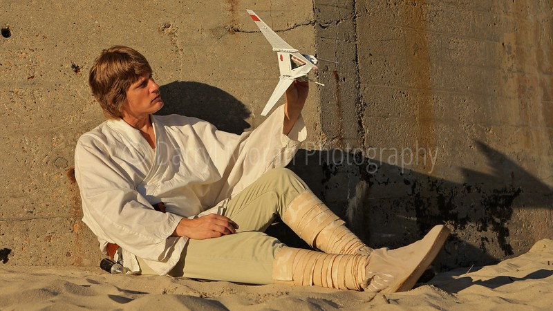 Star Wars A New Hope Photoshoot- Tosche Station on Tatooine (468).JPG