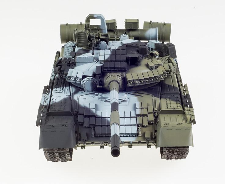 Trumpeter T-80BV 04-16-14-10.jpg