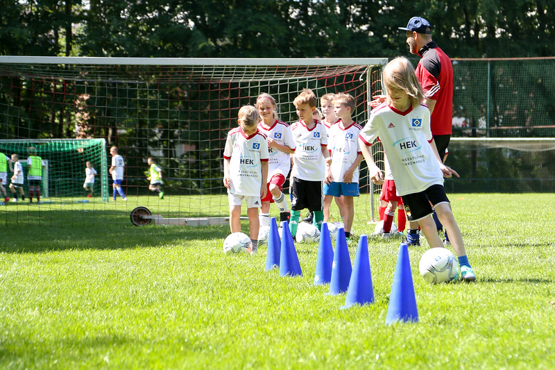hsv_fussballschule-394_48047955671_o.jpg
