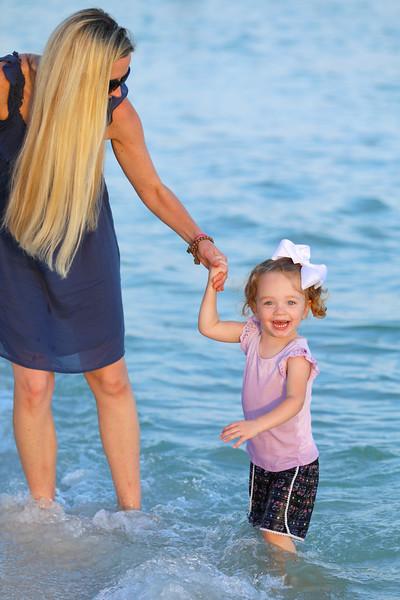 Harper at the beach-22.jpg