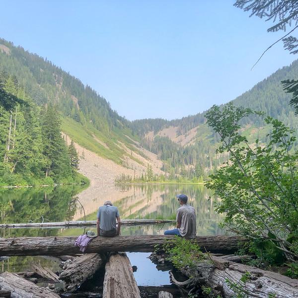 Hikers enjoying Talapus lake.