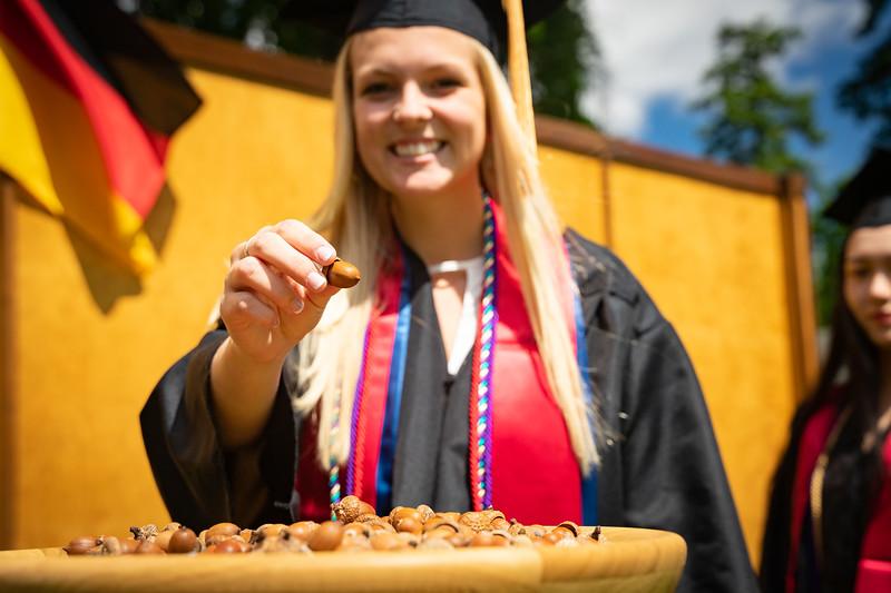 1905_26_graduation_pickhardt-05339.jpg