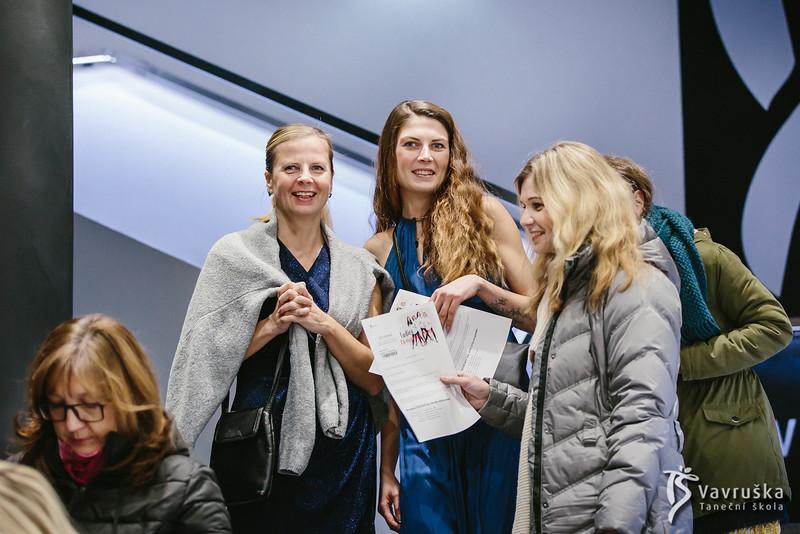 20191210-174052_0014-ladies-night-vavruska-charitas.jpg