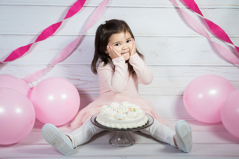 Leila cake smash birthday -19.jpg