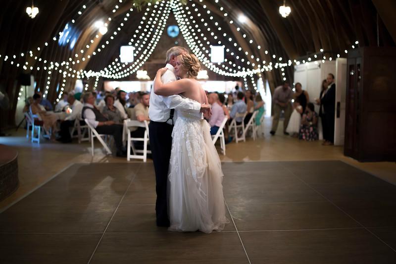 Garrett & Lisa Wedding (590).jpg