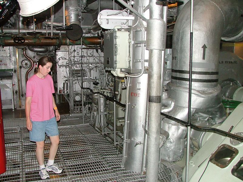 2004_0702_Battleship0131.JPG