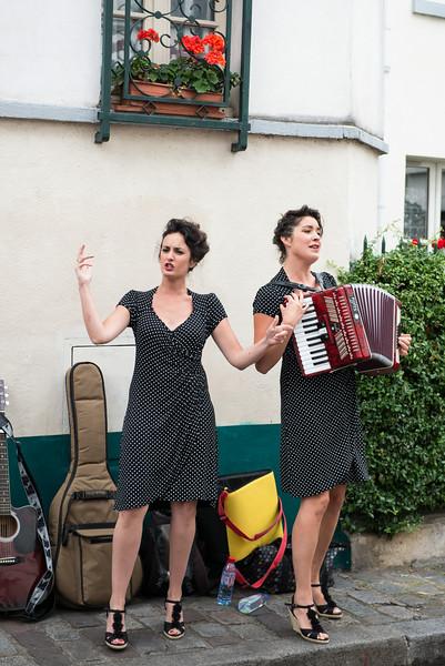 Street Performers in Montmatre