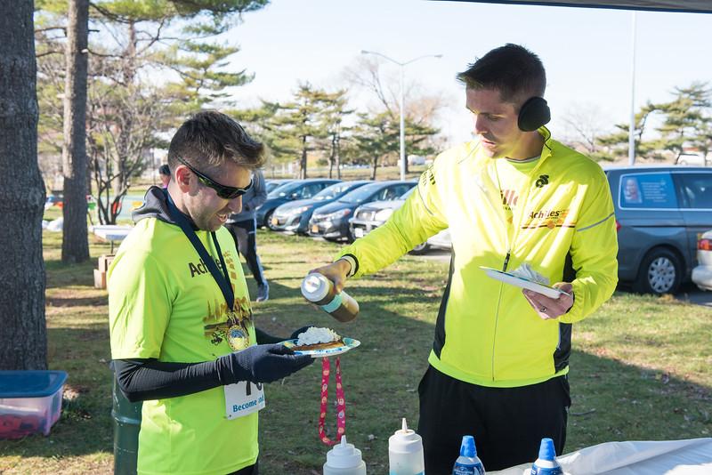 20161204_1 & 4 Mile Race_176.jpg