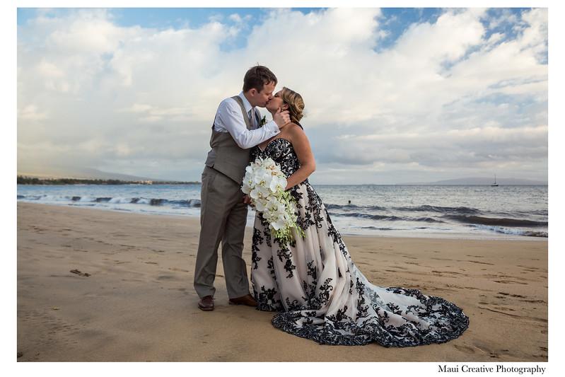 Maui-Creative-Destination-Wedding-0223.jpg