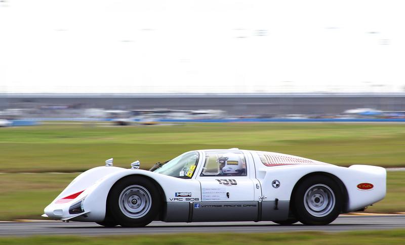 Classic24-2014_#4103-#130-Porsche906.jpg