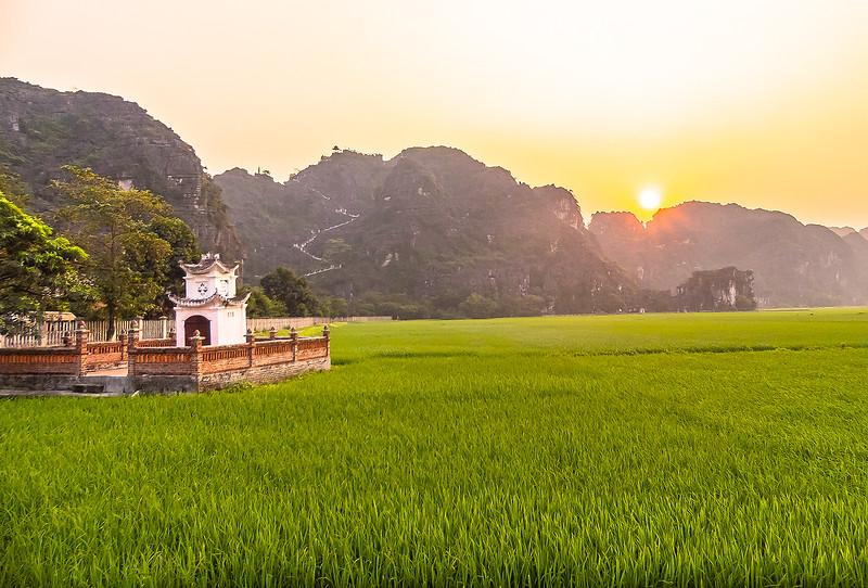 Vietnam Ninh Binh_P1080558_1.jpg
