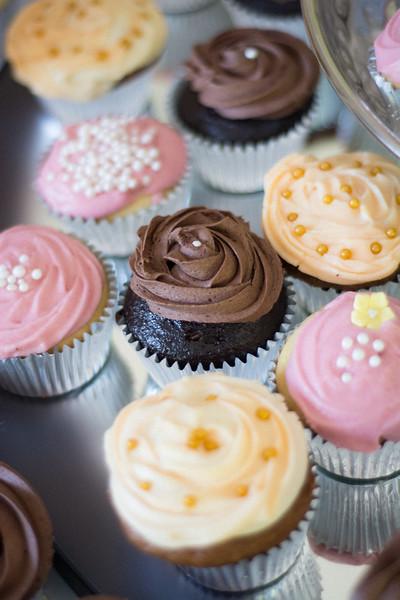 LizAdrian-Cupcakes-014.jpg