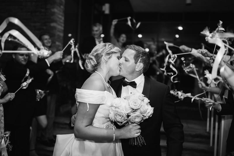1059_Josh+Emily_WeddingBW.jpg