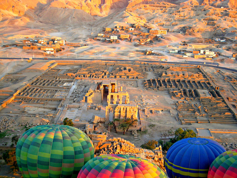 balloons over the Ramesseum, Thebes
