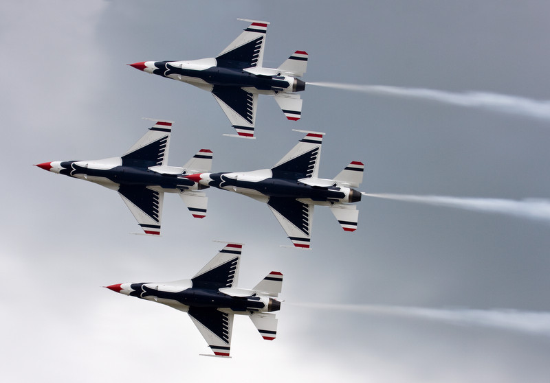 The Thunderbirds in diamond formation.