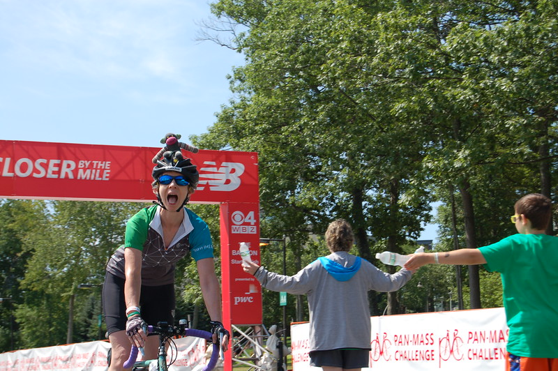 Sun-Wellesley-Rider-Finish7-CK0101.jpg