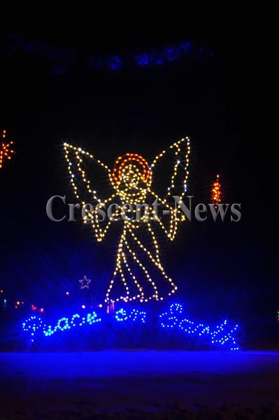 12-13-16 NEWS Ruihley Park Christmas Lights