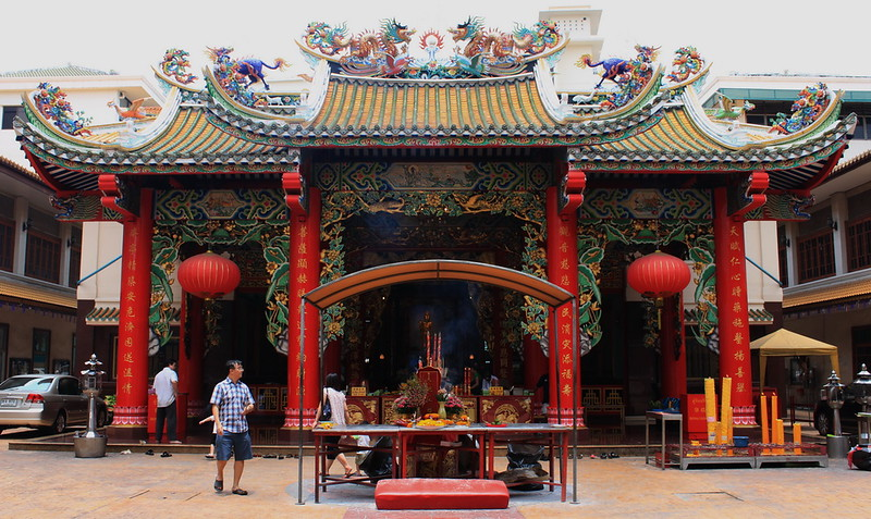 Tien Fah Foundation's main temple