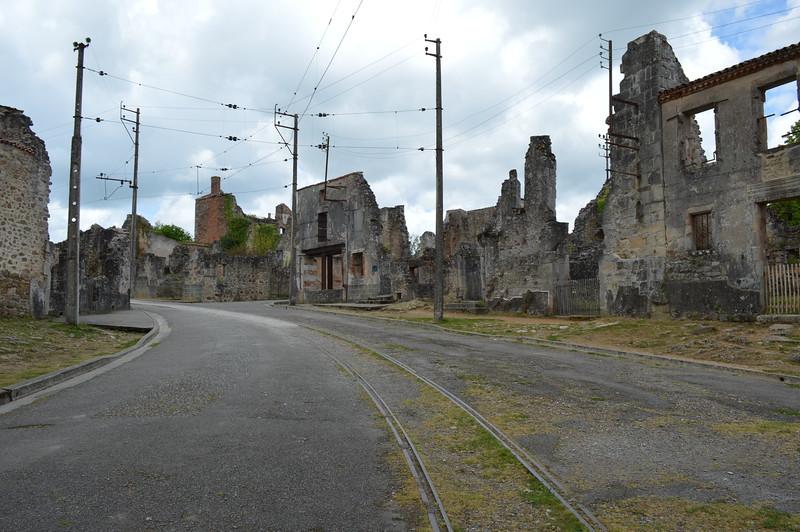France2015 - Oradour-sur-Glane (14).JPG