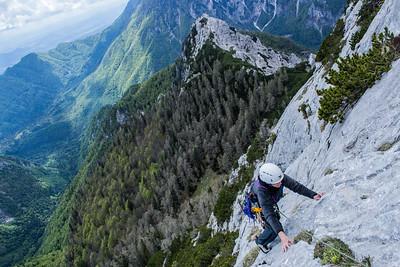 05 18 Stanicev vrh Rock Climbing