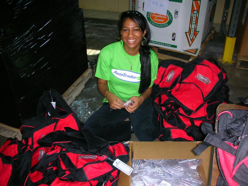 R4 Community Service - Atlanta Community Food Bank 012.jpg