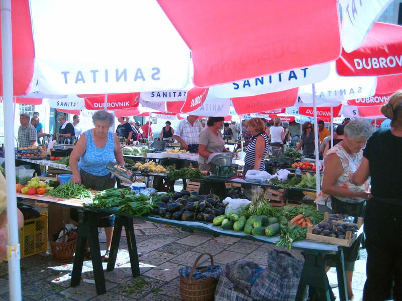 2011 09 02 Dubrovnik market.jpg