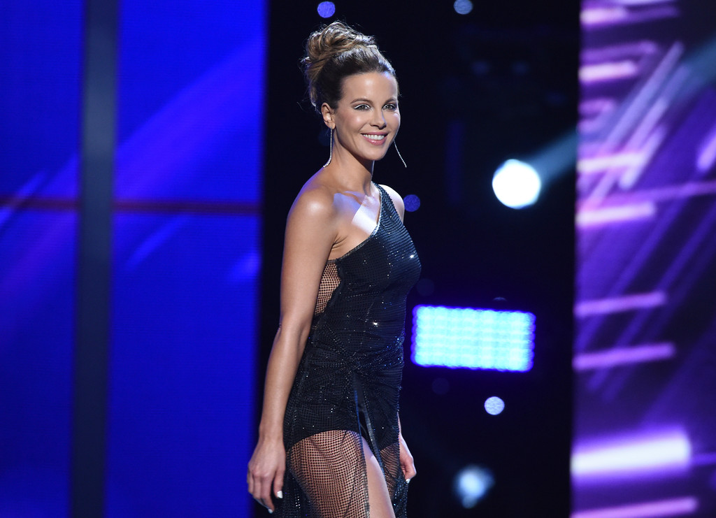 . Kate Beckinsale presents the award for best male athlete, at the ESPY Awards at Microsoft Theater on Wednesday, July 18, 2018, in Los Angeles. (Photo by Phil McCarten/Invision/AP)