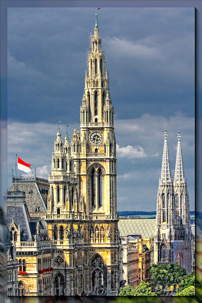 Rathaus and Votivkirche