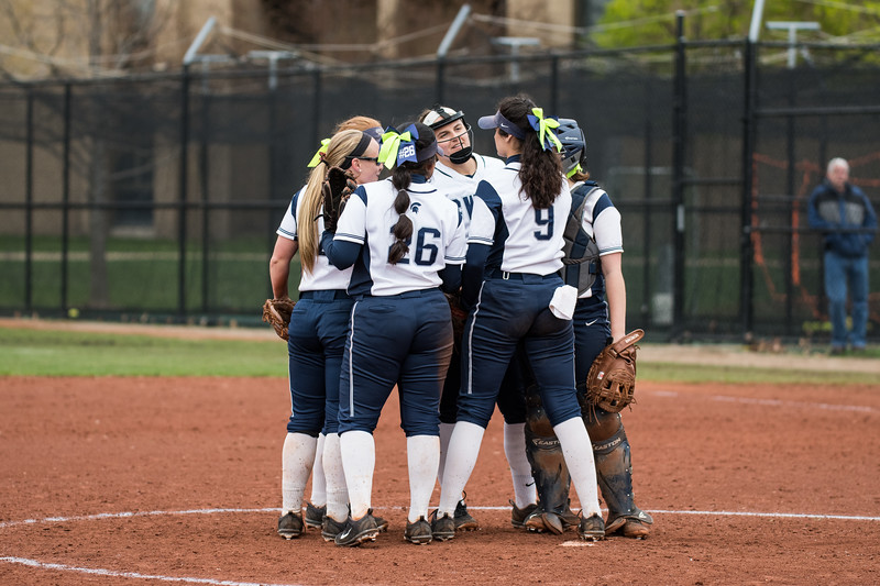 CWRU vs Emory Softball 4-20-19-54.jpg