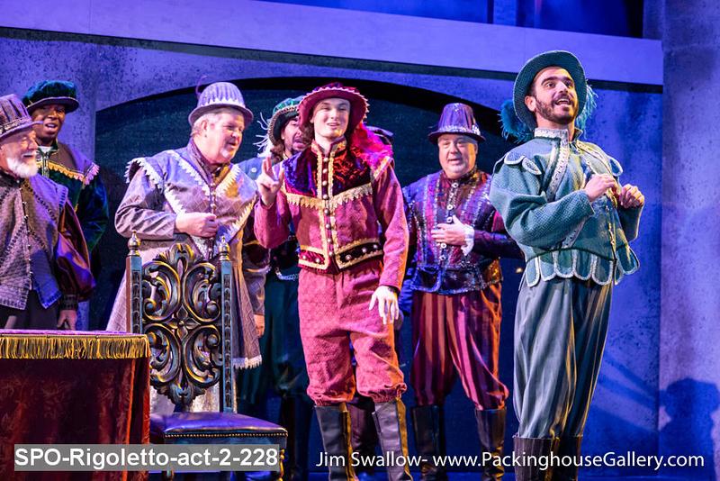 SPO-Rigoletto-act-2-228.jpg