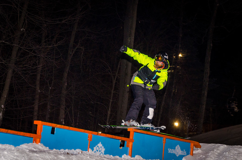 Nighttime-Rail-Jam_Snow-Trails-43.jpg
