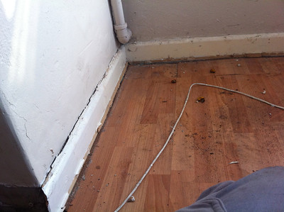28 Gladstone Rd, Decorating and skirting.