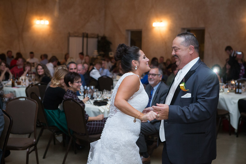The Reception (147 of 266).jpg
