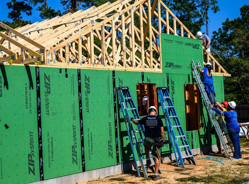 Don Rueter - Habitat Truss Raising-30.jpg