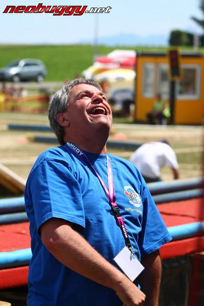 emotional times in pitlane 2009 Euro B