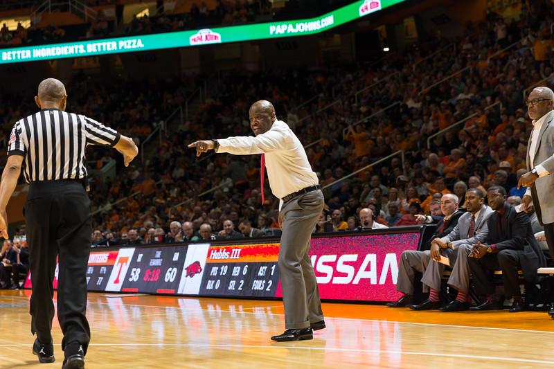 NCAA Basketball 2017: Arkansas vs Tennessee JAN 03