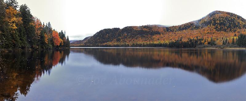 Lac_Monroe_Panorama.jpg