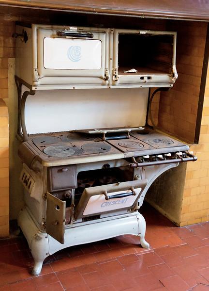 A vintage stove ...