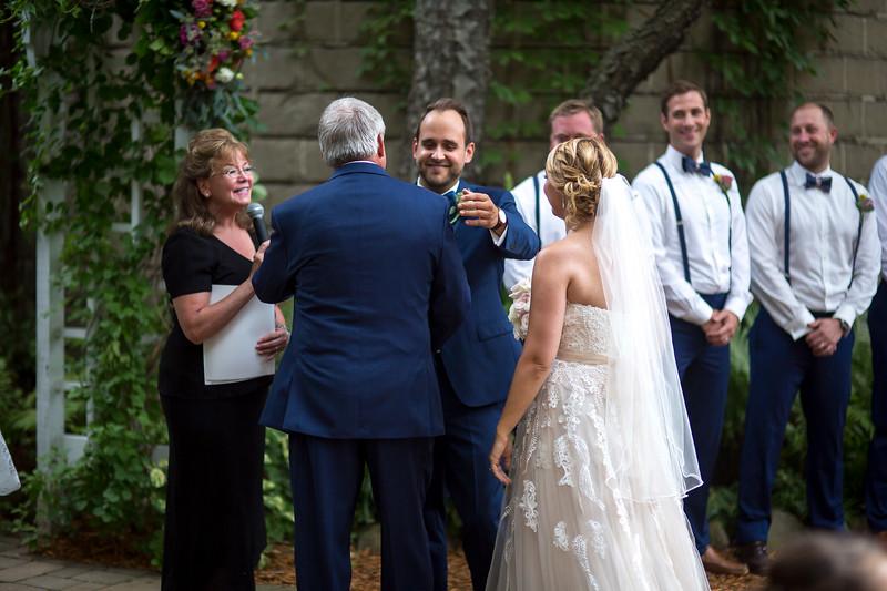 Garrett & Lisa Wedding (304).jpg