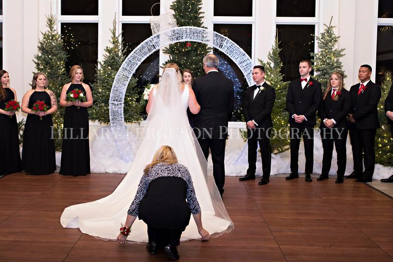 Hillary_Ferguson_Photography_Melinda+Derek_Ceremony062.jpg