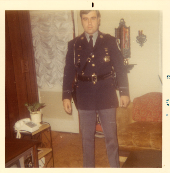 1973_dad_uniform.jpg