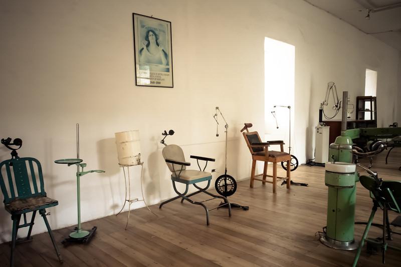 cuenca museum of medicine dentist.jpg