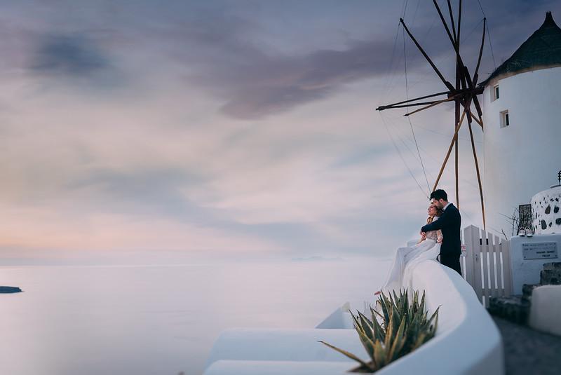 Tu-Nguyen-Wedding-Photography-Videography-Hochzeitsfotograaf-Engagement-Santorini-Oia-Greece-Thira-58.jpg