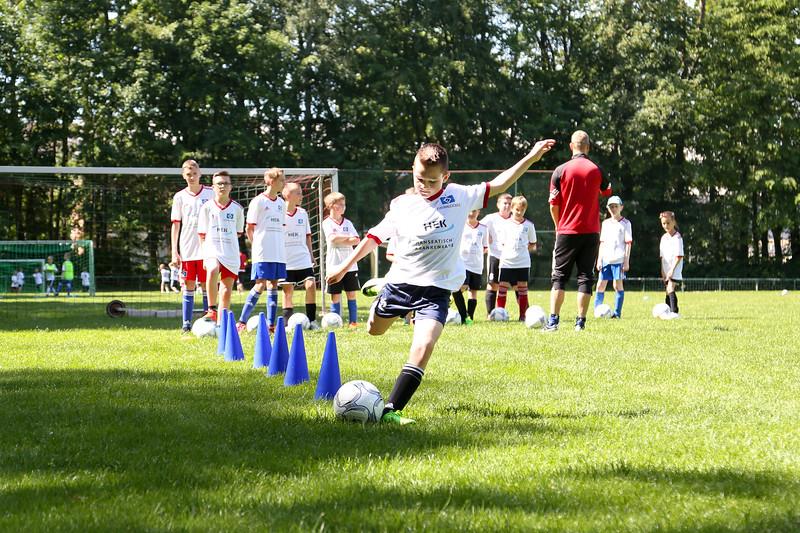 hsv_fussballschule-239_48048026467_o.jpg