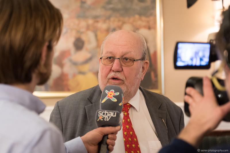 Karl Vocelka im Interview mit Schau TV