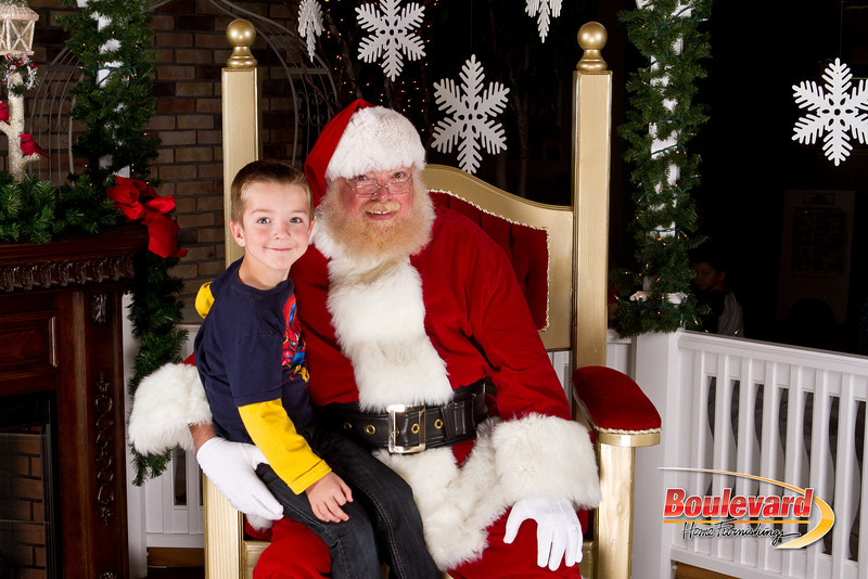 Santa Dec 8-80.jpg