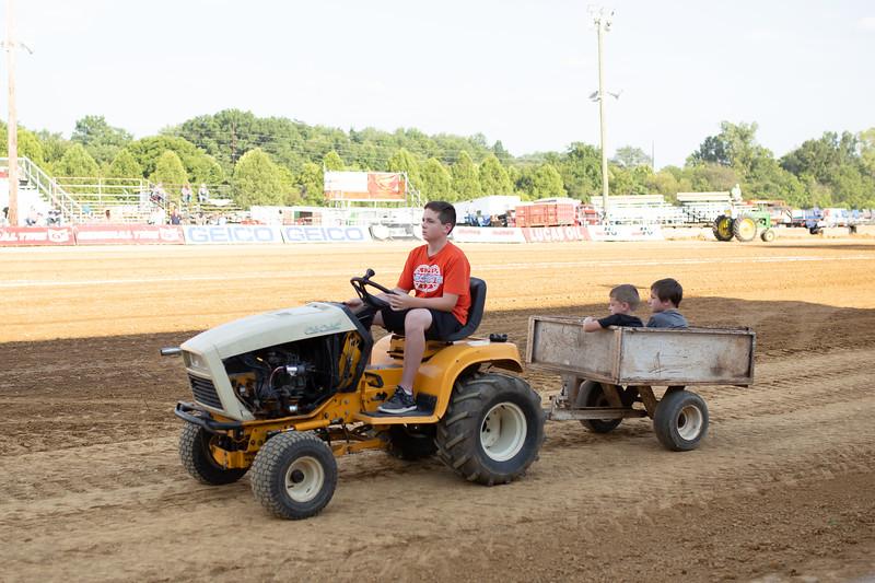 Antique Tractor Parade-87.jpg