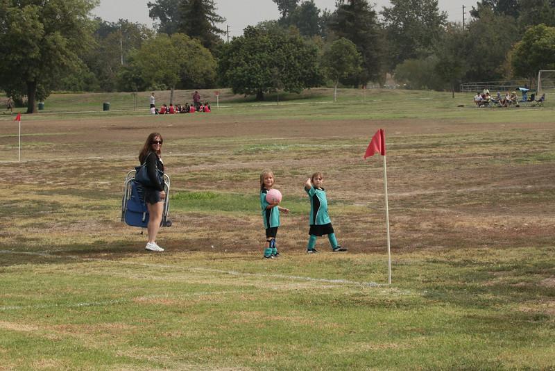 Soccer2011-09-10 10-17-00.JPG