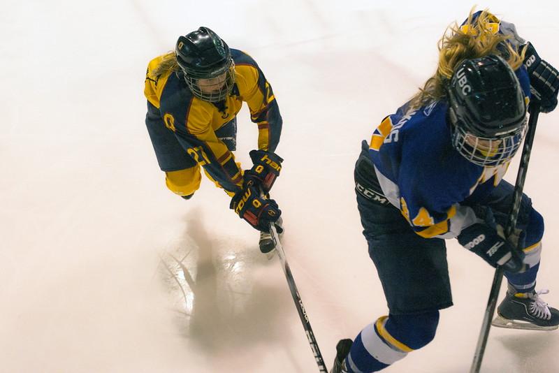 20130310 QWHockeyvsUBC 515.jpg