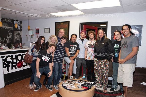 Nicko Visits With School Of Rock